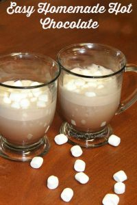 Easy-Homemade-Hot-Chocolate-Recipe