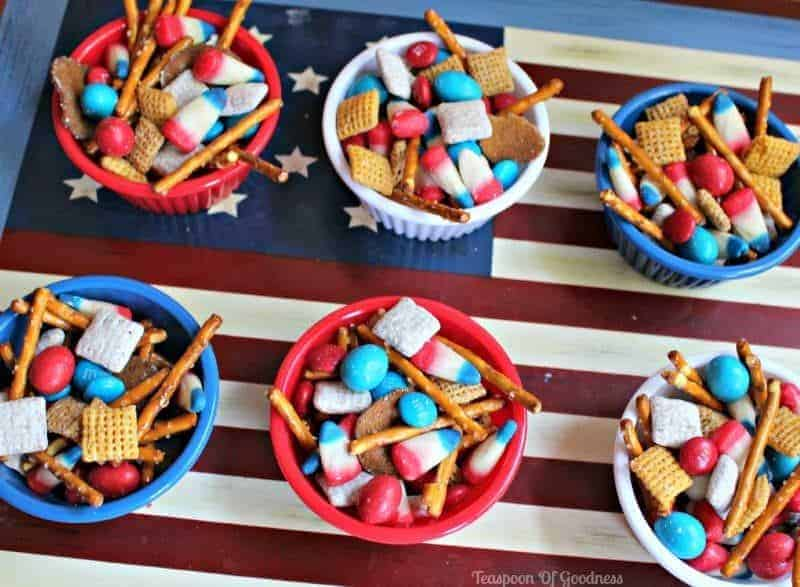 Patriotic Snack Mix