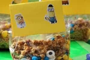 I enjoy making my own trail mixes so that I ensure nothing gets picked out. Here is a family favorite trail mix recipe turned Minion style!