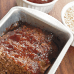 Snag this 6 ingredient easy to follow bbq meatloaf recipe that also freezes wonderfully. Turn this bbq meatloaf recipe into muffins for fun school lunch ideas. - Teaspoon Of Goodness