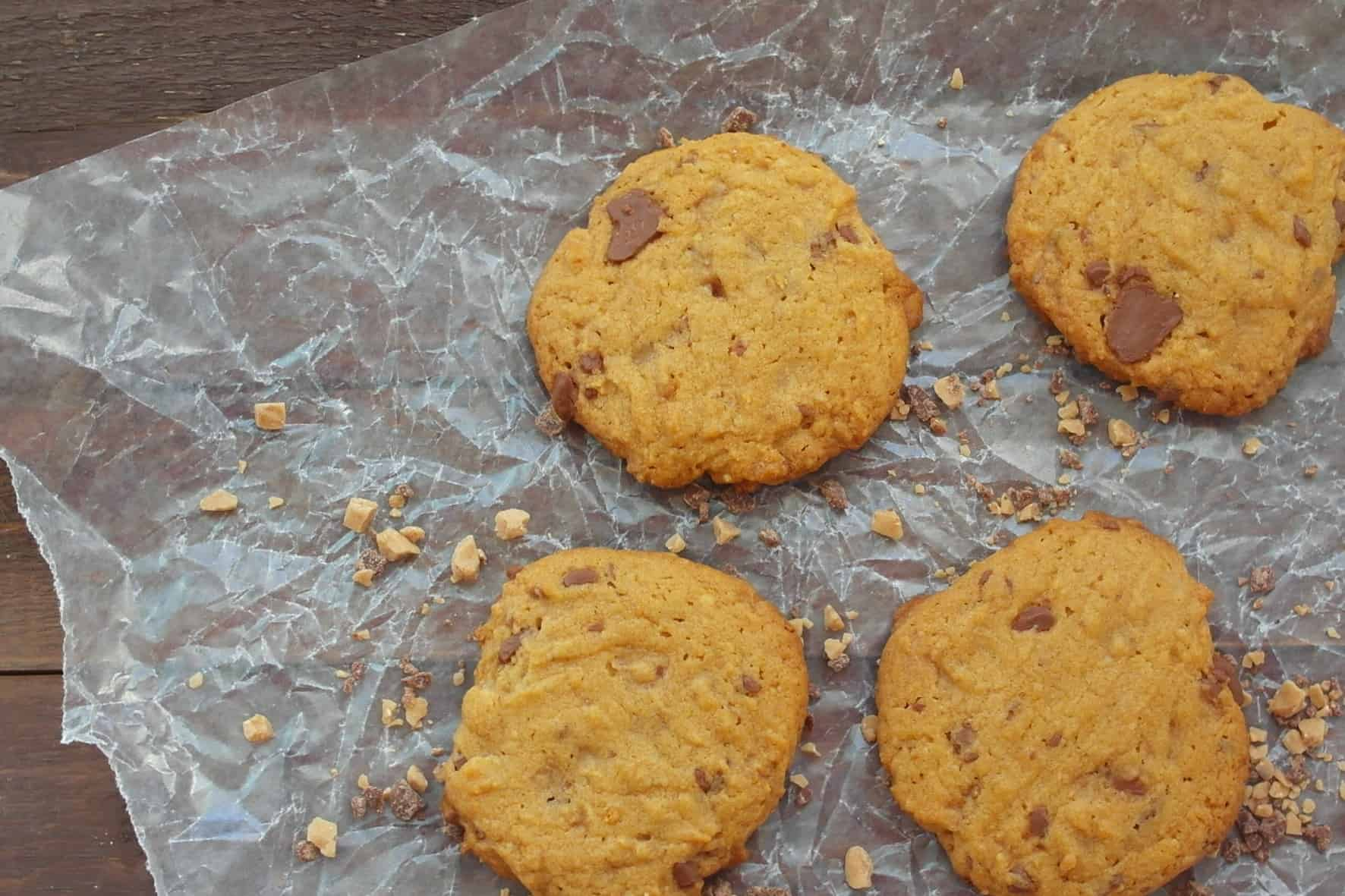 Heath Bar Cookies with Peanut Butter - Teaspoon Of Goodness