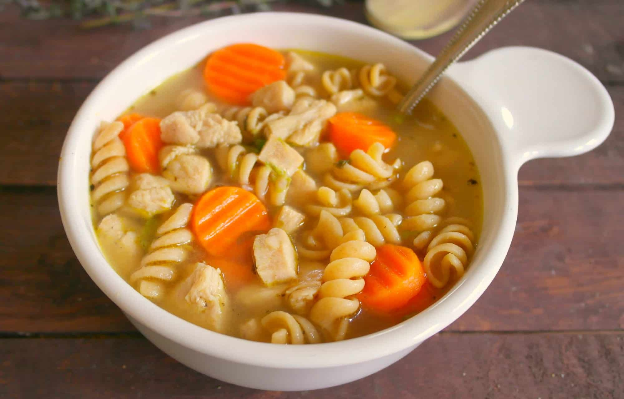 Home Cooked Comfort Taste In This 15 Minute Chicken Noodle Soup Teaspoon Of Goodness