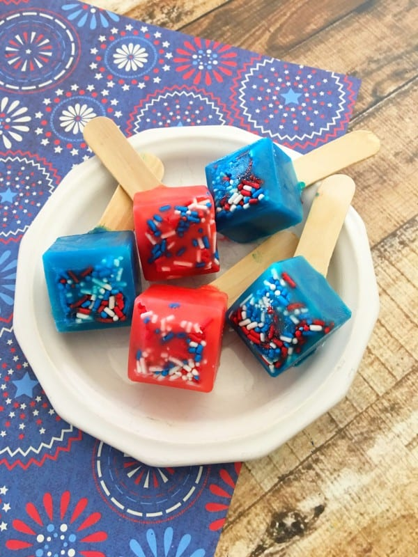 We love celebrating patriotic holidays, and this Patriotic Pudding Pops are ideal any time of year! They are simple, delicious, and of course, fun to make. What's not to love about that? The kids can get involved helping, and that makes it even better! - Teaspoon of Goodness