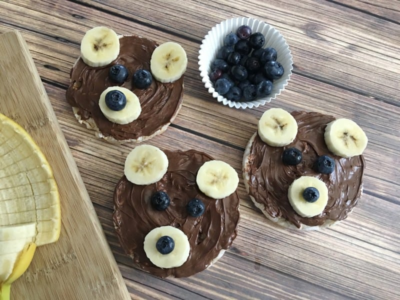 I love fun snack ideas for my kids, and this Three Bears Nutella Snack is a great idea.  Using some common ingredients, I can easily build a fun bear face for my kids to enjoy. - Teaspoon of Goodness
