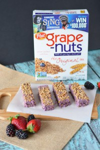 Healthy Yogurt Bar options are harder to find in stores than I thought. This Grape-Nut Yogurt Bar Recipe is so yummy and much better for you than the sugar-laden options you find on the shelves! - Teaspoon of Goodness