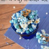 Whether you have snow on the ground or are longing for snow, this fun Snow Day Snack Mix is a great way to help kids have fun with snack time! - Teaspoon of Goodness