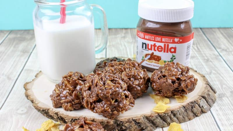 Nutella cornflake no bake treats with Nutella in the background.