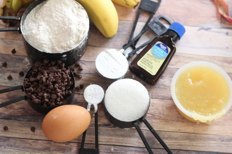 Ingredients for healthy chocolate chip banana muffins.