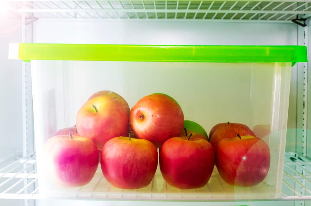 apple in container